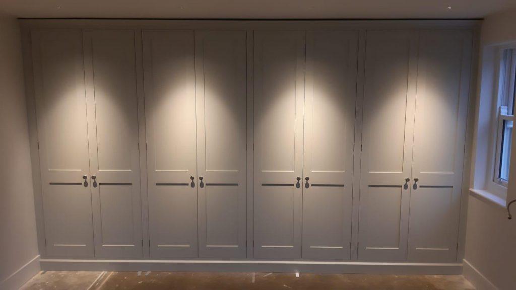 Badgers Holt built-in wardrobes