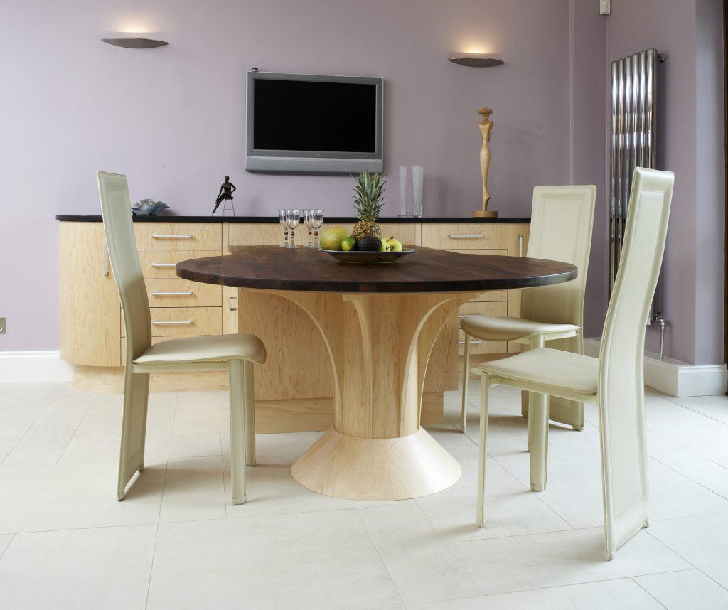 Nevill Court, Tunbridge Wells dining area table