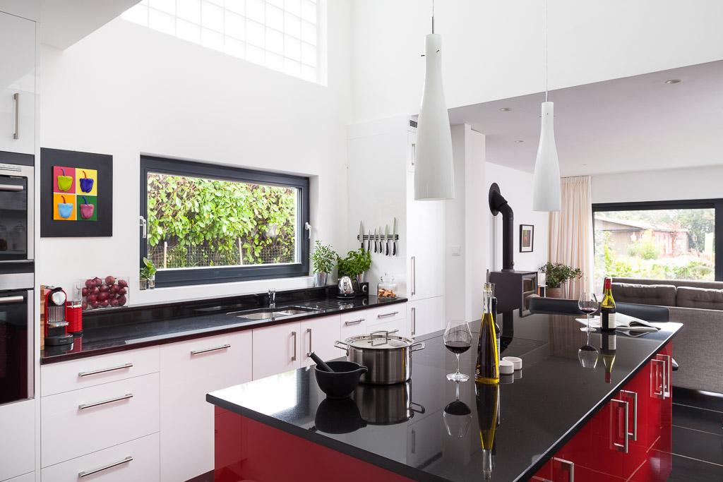 Sandrock Road, Maidstone Modern Kitchen main image