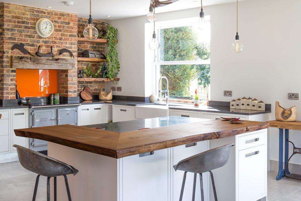 Broom Hill, Battle Modern kitchen island
