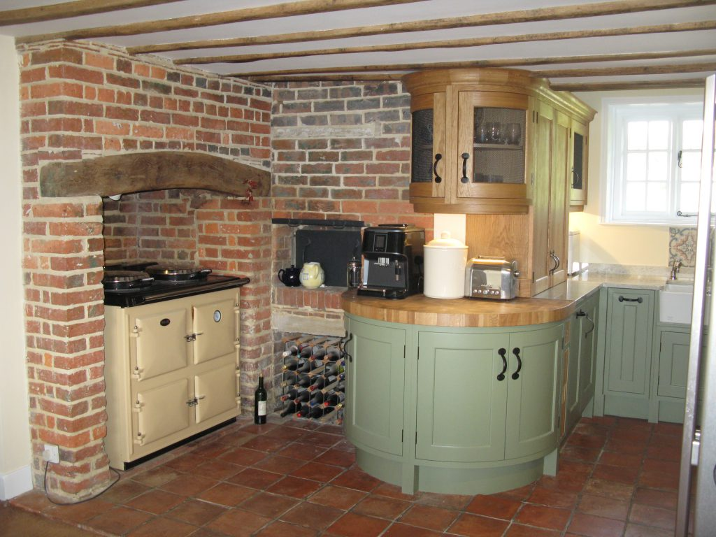 High Halden, East Sussex Traditional English kitchen main picture