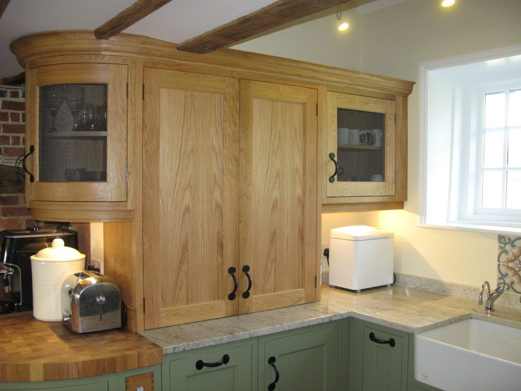 High Halden, East Sussex Traditional English kitchen cabinets