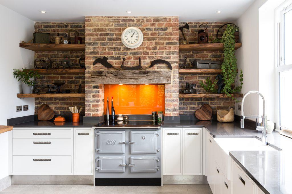 Broom Hill, Battle Modern kitchen main picture